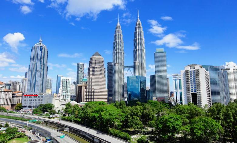 मलेशियाले नेपाल  सहित ४ देश माथि लगाएको प्रतिबन्ध हटायो, अब मलेशिया जान पाउने।